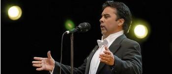 El tenor se presentará en el Gimnasio Aconcagua de nuestro colegio.