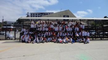 Todos los cuartos juntos en su último día de clases.