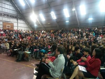Los alumnos y apoderados nuevos en el Gimnasio Aconcagua.