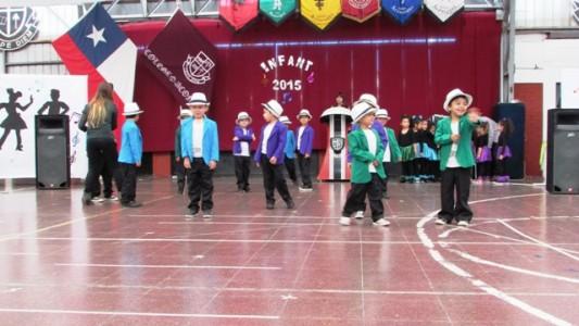 Los niños, una vez más, se lucieron con sus pasos de baile.