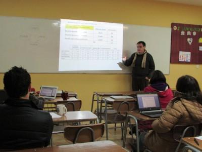 Míster Julio Cesar Díaz Ferrari (Rector del Colegio Aconcagua),, realizando inducción a los Jefes de Departamento de nuestro establecimiento.