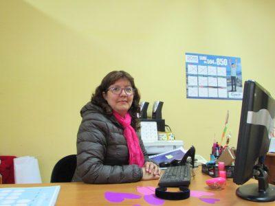 Miss Andrea Guzmán (Jefa de Departamento de Ciencias de nuestro Colegio).