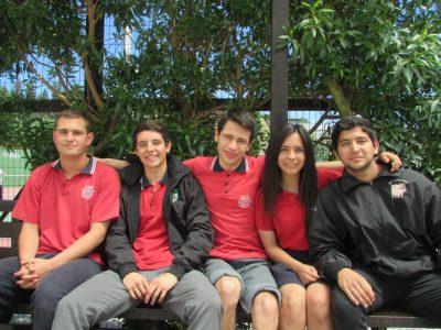 Miguel Espildora (IV° medio Lancaster), Francisca Díaz (IV° medio Lancaster), Ismael Rabí (IV° medio London), Benjamín Ramírez (IV° medio Oxford) y Nelson Rondón (IV° medio Lancaster).