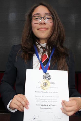 Paulina Silva Allende - Tercero Medio Manchester